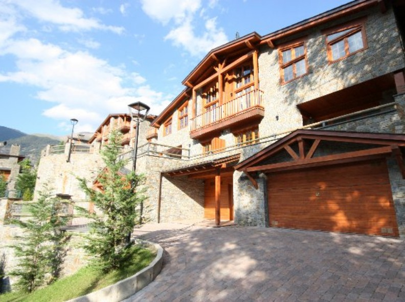 Chalet-Tower -for- sale in Aldosa (L' ) (La Massana)